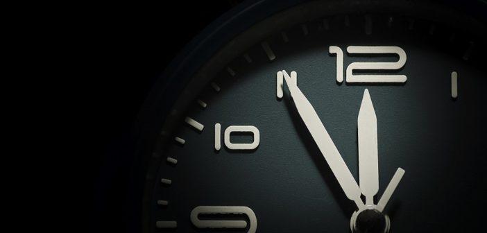 Éjfel a határidő